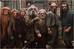 Bilbo y los Enanos en la Ciudad del Lago