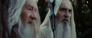 Gandalf y Saruman en Isengard