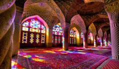 Nasir al-Mulk Mosque ou a Mesquita Rosa (Foto: irandoostan.com.br)