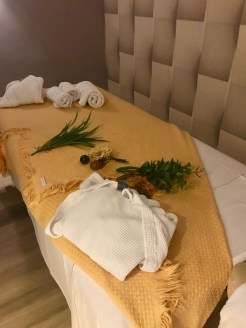 Diversas massagens no Spa