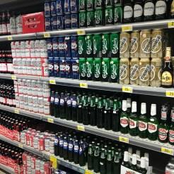 Prateleiras de cervejas