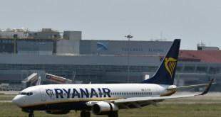 30 pasajeros de Ryanair, hospitalizados tras una bajada de presión