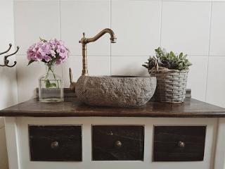 Steinwaschbecken Auf Beliebiger Kommode Waschtisch Montieren