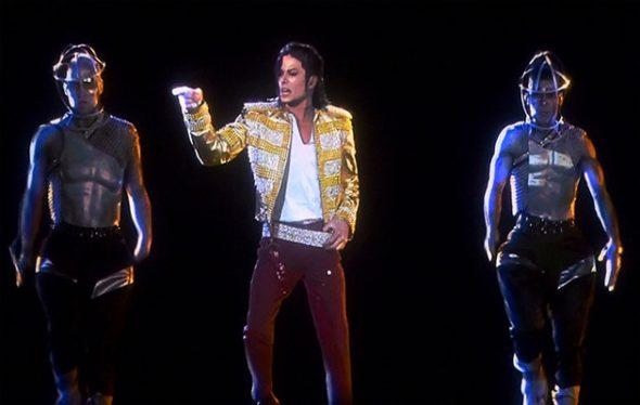 MIchael Jackson en una imagen holográfica.