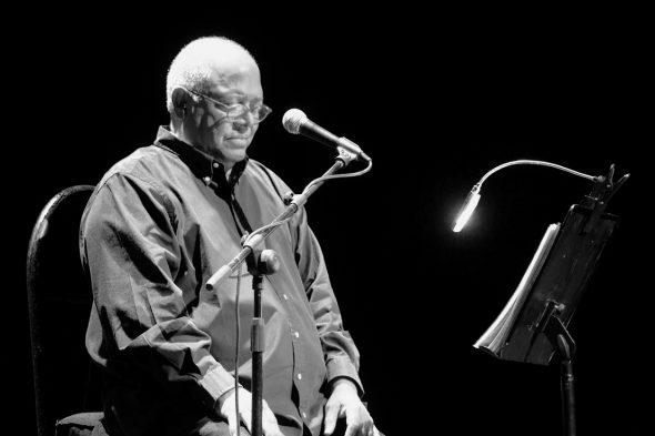 Pablo Milanés durante su actuación en el Auditorio Insular de Fuerteventura el pasado fin de semana.