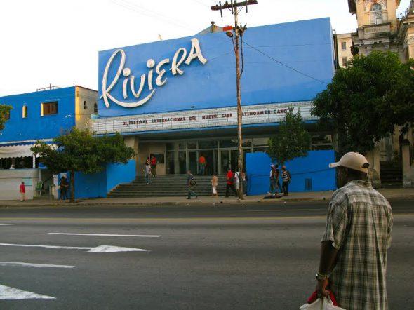 El teatro Riviera, sede del festival internacional de cine. Foto: Ana Esteban.