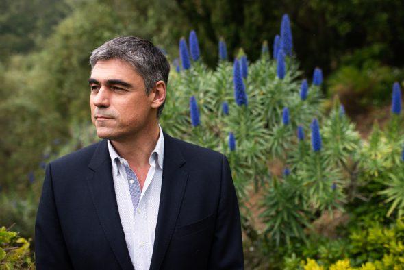 El escritor Pablo Simonetti.