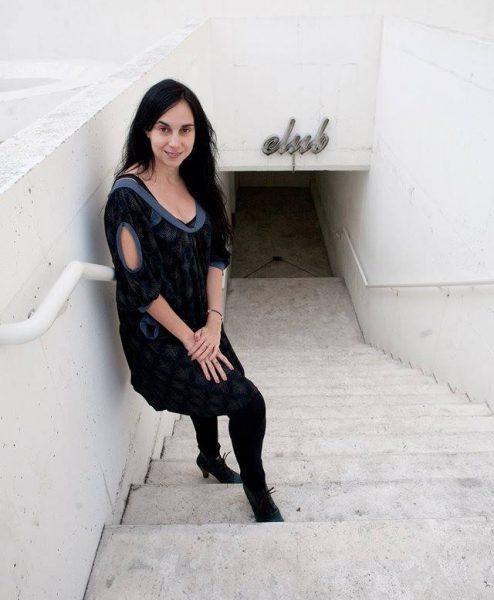 La autora teatral Denise Despeiroux. Foto: Ricardo Solís.