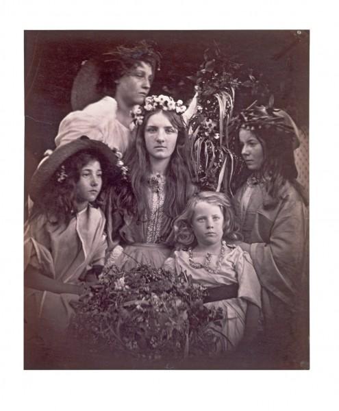 Julia Margaret Cameron. May Day 1866 © Victoria and Albert Museum, London