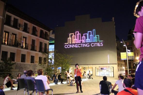 European Urban Network for Connecting Cities 2015: Proyecciones en la fachada digital. Foto: Medialab Prado.