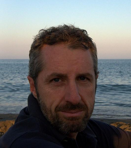 El escritor Felipe Navarro.