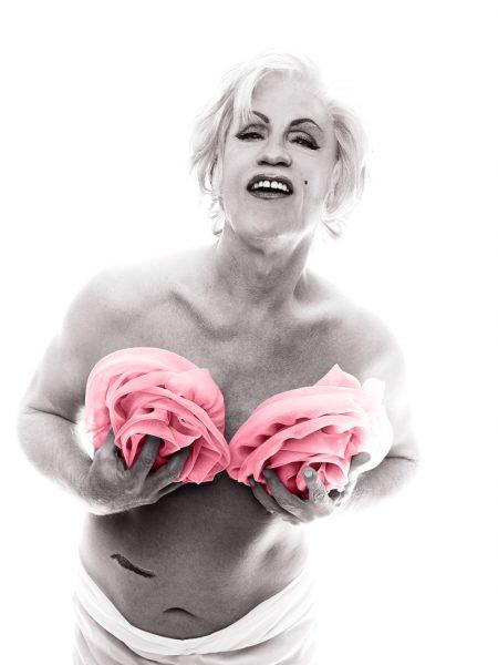 Se llamó 'La última sesión' y la realizó el fotógrafo Bert Stern a Marilyn Monroe. Aquí la recreación de