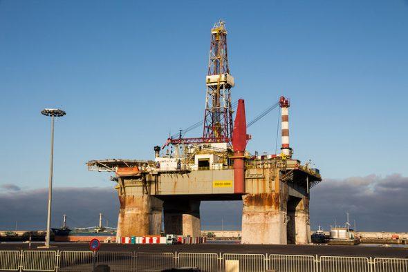 Plataforma petrolífera. Foto: Jaume Escofet / Flickr Creative Commons.
