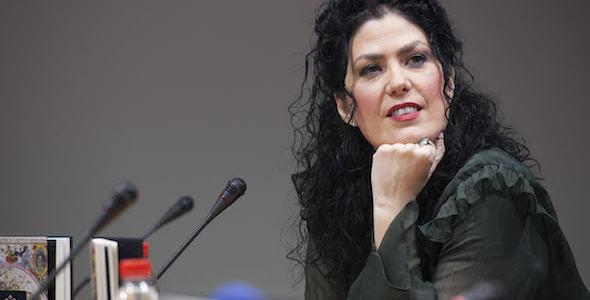 La escritora y periodista Eva Díaz Pérez. Foto: Luis Serrano.
