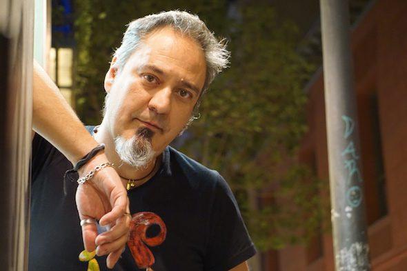 El escritor José Carlos Andrés. Foto: Manuel Cuéllar.