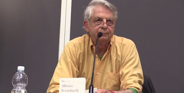 El escritor Alfonso Berardinelli.