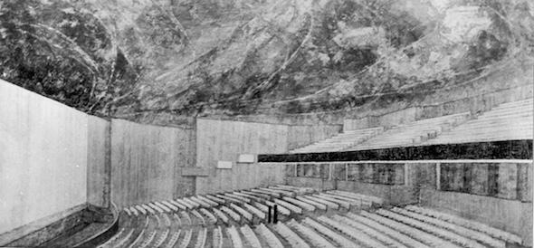 Primer premio del Concurso del Teatro Nacional de la Ópera. Interior. Arquitectos Jan Boguslawski, Bohdan Gniewiewki y Marcin Lucjan Boguslawski y la escultora Marja Leszczynska. Foto cortesía de la Fundación Juan March.
