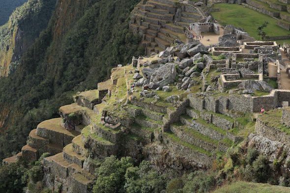 Detalle de las terrazas de la ciudad de Machu Picchu.