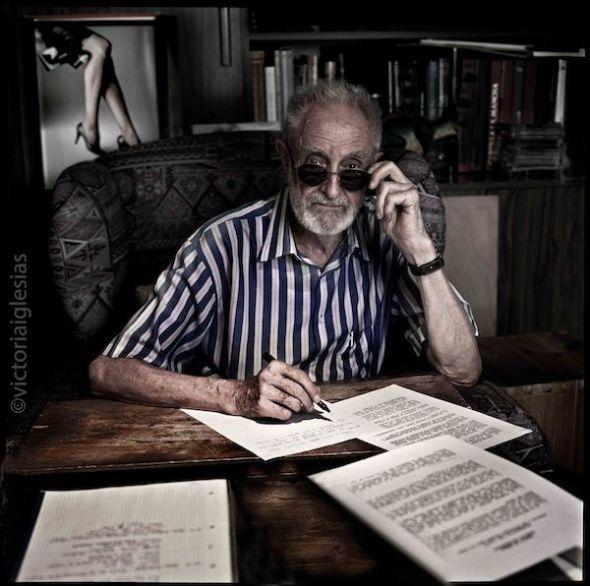 El escritor José Luis Sampedro fotografiado por Victoria Iglesias.