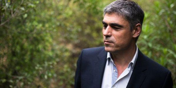 El escritor Pablo Simonetti. Foto: Andrés Herrera.