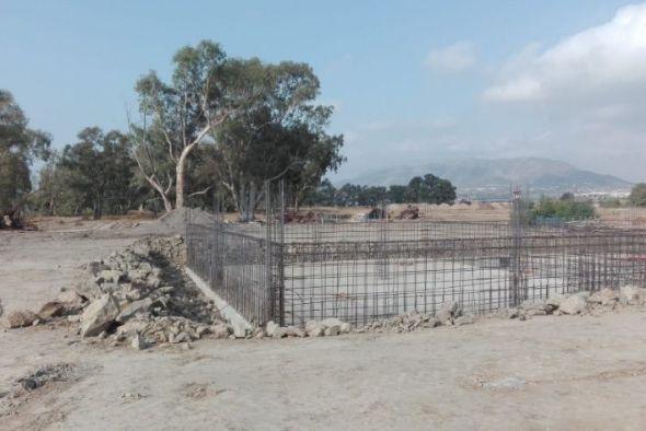 Obras en la playa del Arraijanal.