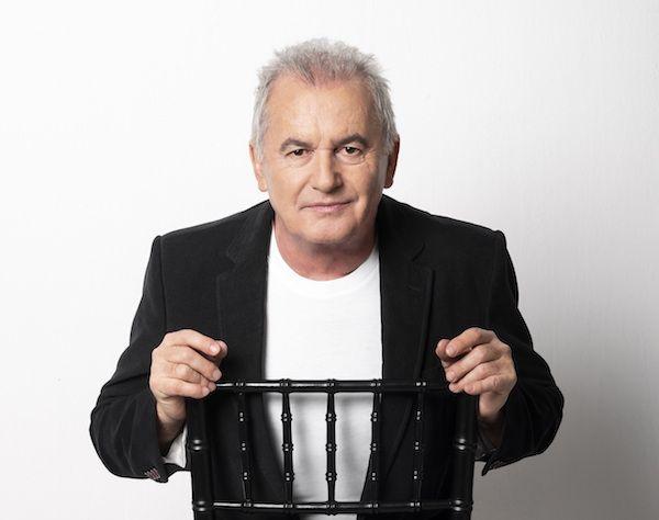 El cantautor Víctor Manuel presenta su nuevo trabajo 'Casi nada está en su sitio'