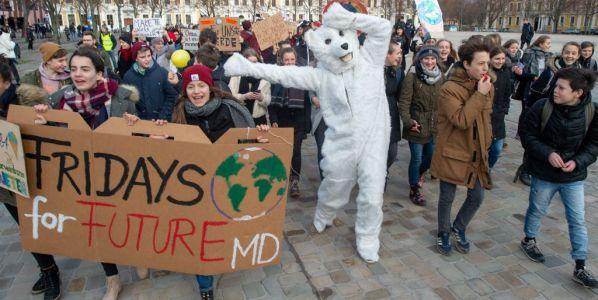 Estudiantes de todo el mundo se movilizan contra el cambio climático con la campaña #FridayForFuture