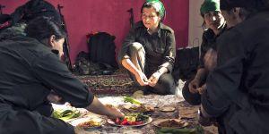 Un fotograma de la película 'Commander Arian' sobre mujeres que luchan contra el Daesh.