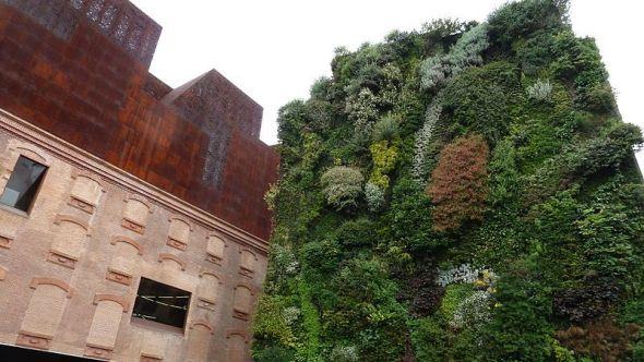 El jardín vertical del CaixaForum de Madrid. Foto: Mertxe Iturrioz.