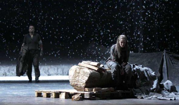 La valkiria de Wagner con puesta en escena de Robert Carsen.