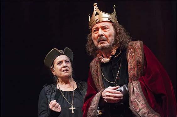 Ricardo III en el Teatro Español. Foto: Sergio Parra.