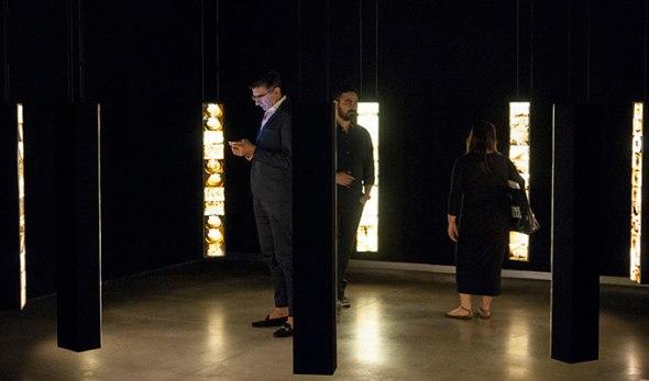 La exposición de Luis González Palma en la Fundación Telefónica.