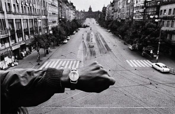 Praga agosto de 1968.  Foto: Joseph Koudelka.