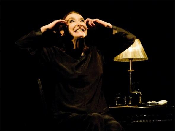 """Nuria Espert en un momento de la obra """"La violación de Lucrecia"""" Foto: Javier Naval."""