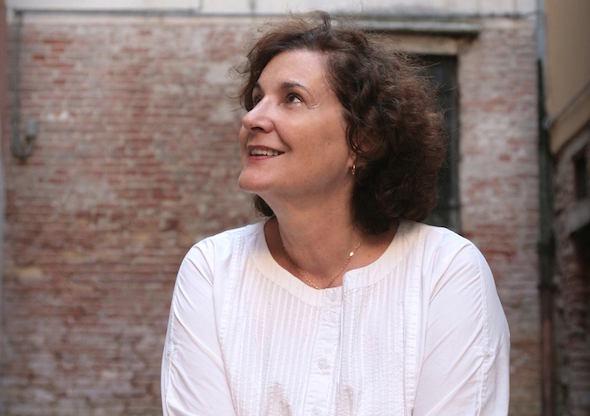 La escritora Marian Izaguirre fotografiada por Marta Calvo.
