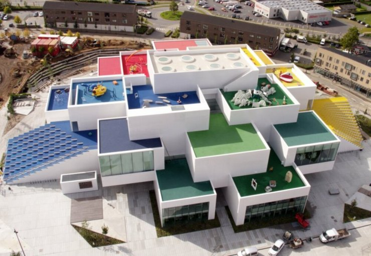 Lego House. Casa Lego foto aérea