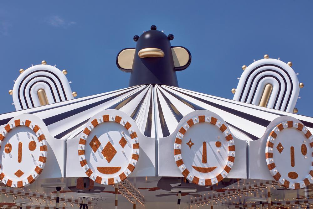 Carousel Jaime Hayon Swarovski Kristallwelten. Tiovivo contemporáneo
