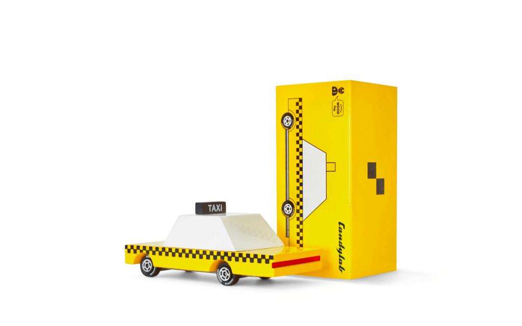 Candylab Toys coches de juguete de madera de estilo mid-century americanos. taxi amarillo