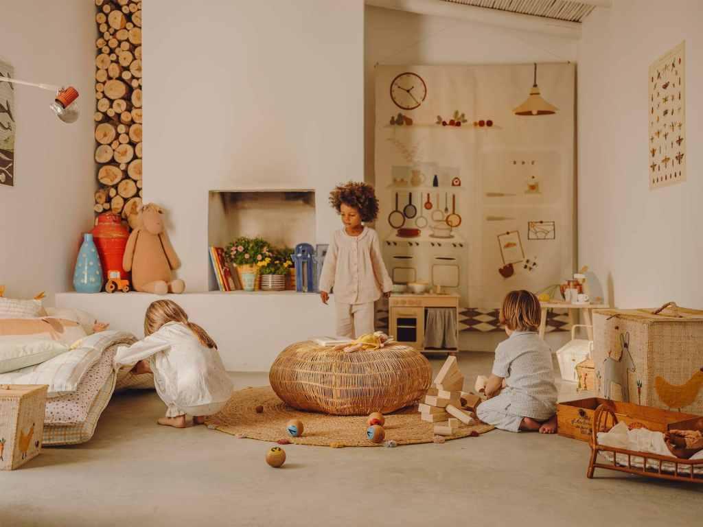 Zara Home. Decoración para niños de bambú y rafia.