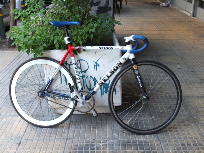 Το ποδήλατο ενός φίλου. Απλά ωραία φωτογραφία.