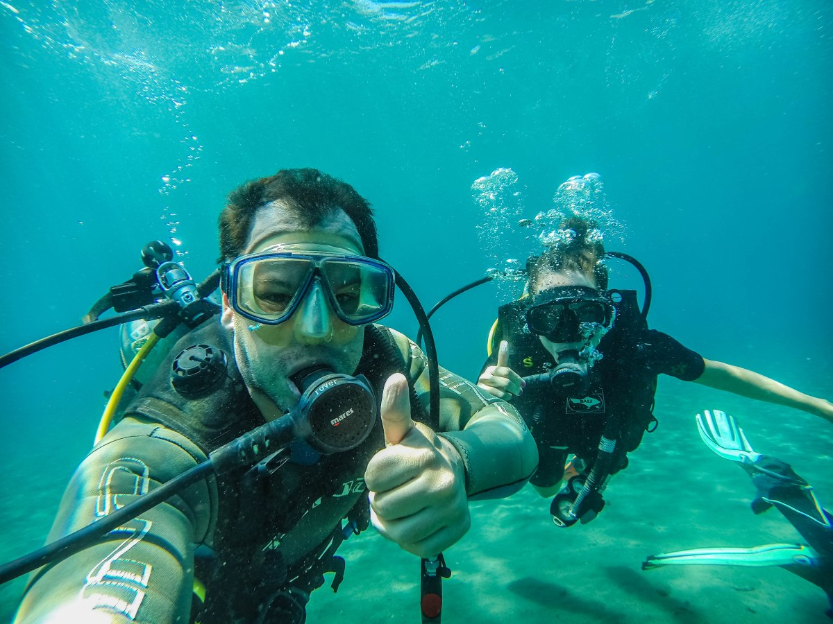 Amed - Dia 2, curso de mergulho e mergulho no Naufrágio USAT Liberty em Tulamben.