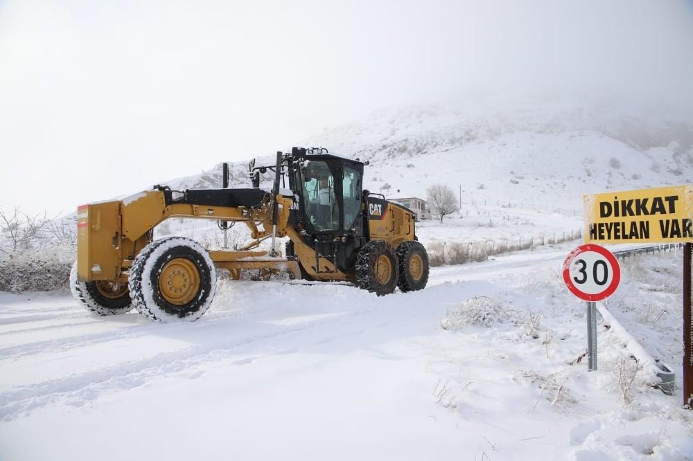 Meteorolojiden Elazığ, Bingöl ve Tunceli için yoğun kar yağışı uyarısı