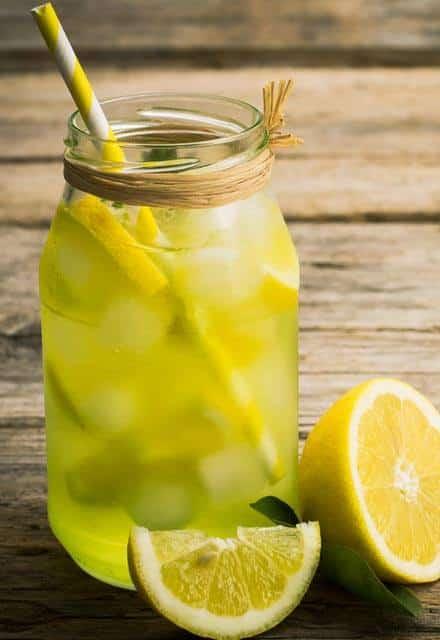 4 مشروبات صيفية مرطبة تشعرك بالسعادة