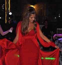 Barrus London Payet İşlemeli Kırmızı Nişan Abiyesi