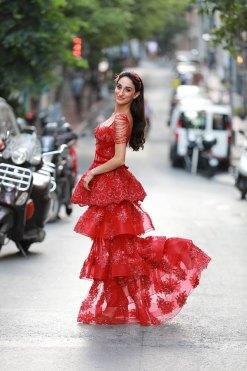 Sagaza Madrid Kırmızı Kiralık Kına Elbisesi Yan