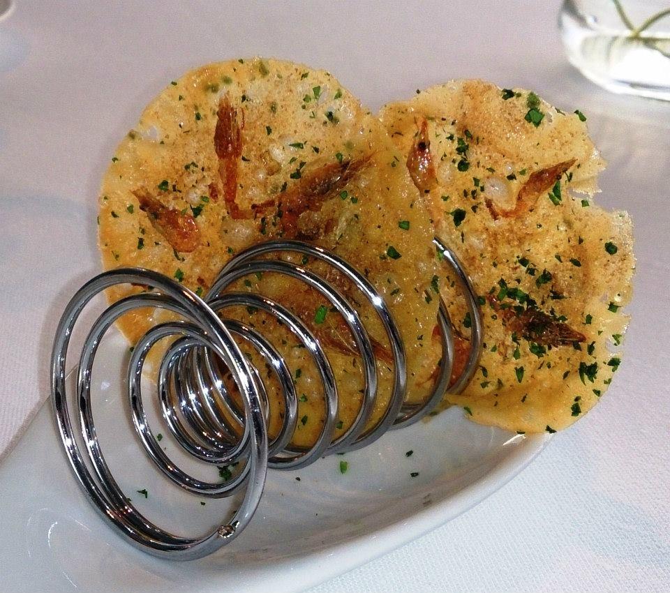 Tortilla de camarón - El Casino de Madrid