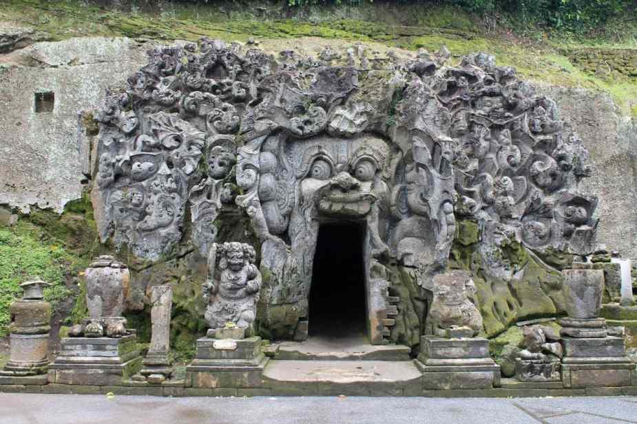 Goa Gajah (Cueva del Elefante) en Bali