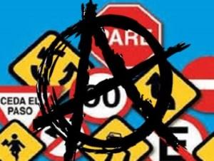 La anarquía al volante no respeta señales de tránsito.
