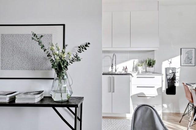 DECO   Un luminoso piso nórdico decorado en blanco
