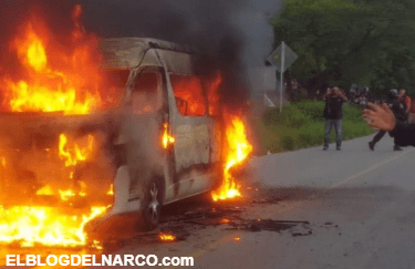 Comando ejecuta a 2 hombres y quema unidades de transporte público en Guerrero